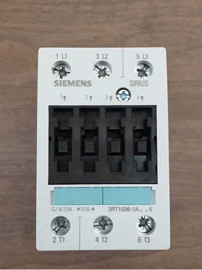 Image of the front of a SIEMENS 3RT1036-1AK60 contactor