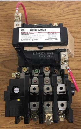 Image of the front of a GE CR306A002 magnetic starter