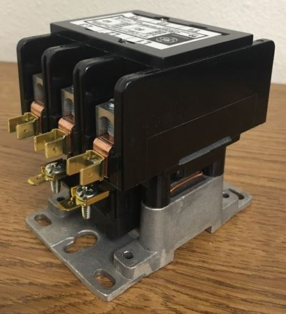 Image of the angle of a CR353FE3BA1 GE definite purpose contactor