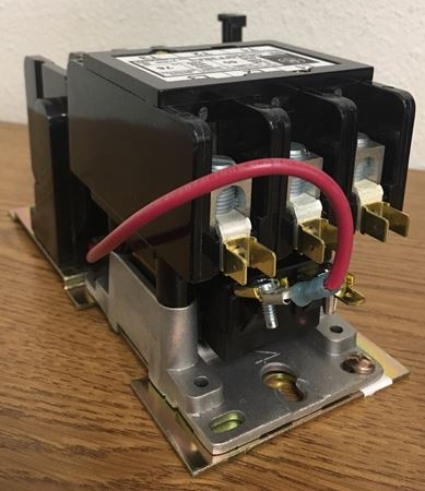 Image of the angle of a GE CR354FF3BA3 definite purpose motor starter