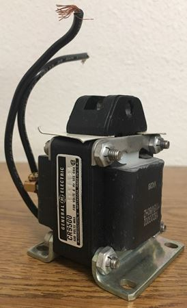 Angle view of a GE CR9500B100A2A industrial solenoid