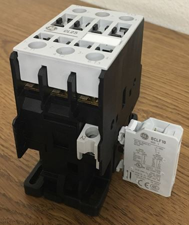 Image of the label of a GE CL25A310TU contactor