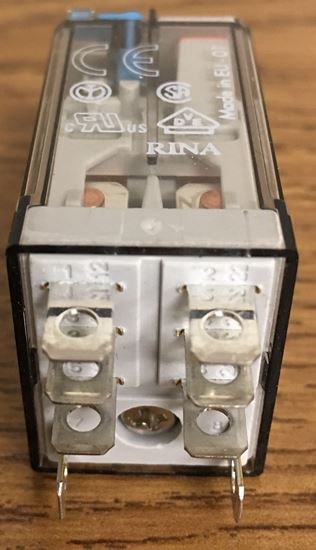 Image of the bottom of a Finder 56.32.9.024.0040 miniature power relay