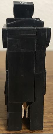 Image of the top of a Q130 SIEMENS plug in circuit breaker
