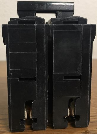 Image of the top of a Q290 SIEMENS plug in circuit breaker